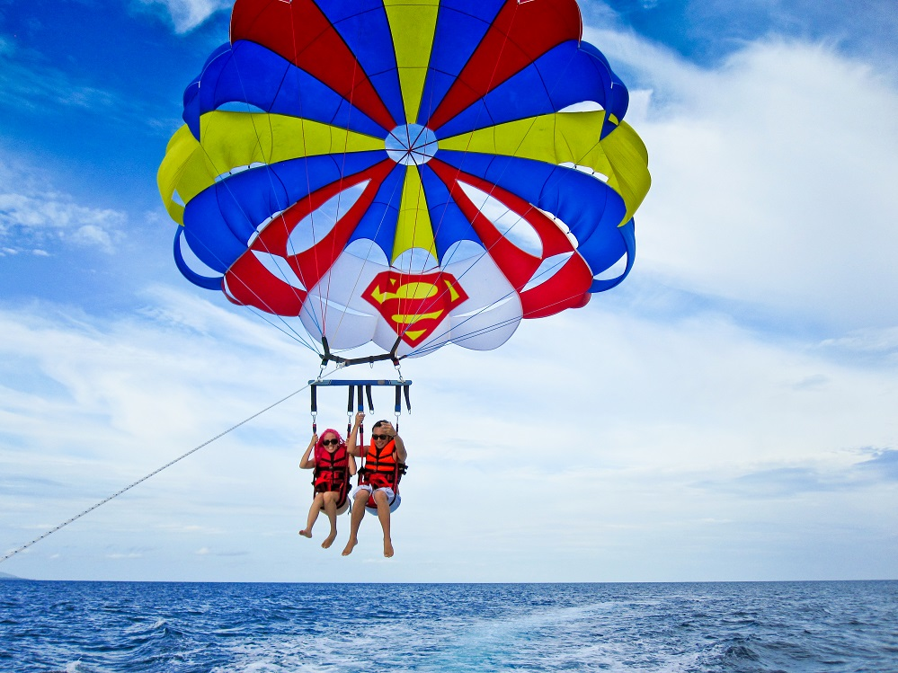 Must Try Water Activities For Every Tourists In Boracay